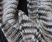 Organic Cotton Herringbone Cowl Infinity Scarf– Mauve & Cream // made in USA