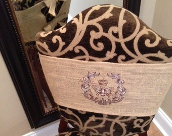 Chair Wrap with Ties - Burlap (Natural) with Parisian Bee Embroidery - JD Designs