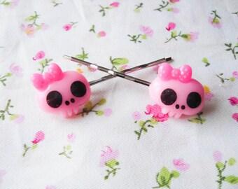 Skull Bobby Pins, Skull Hair Pins, Goth Hair Pins, Kawaii Hair Pins, Kawaii Bobby Pins, Goth Bobby Pins, Kawaii Goth, Cute Goth, Cute Skull
