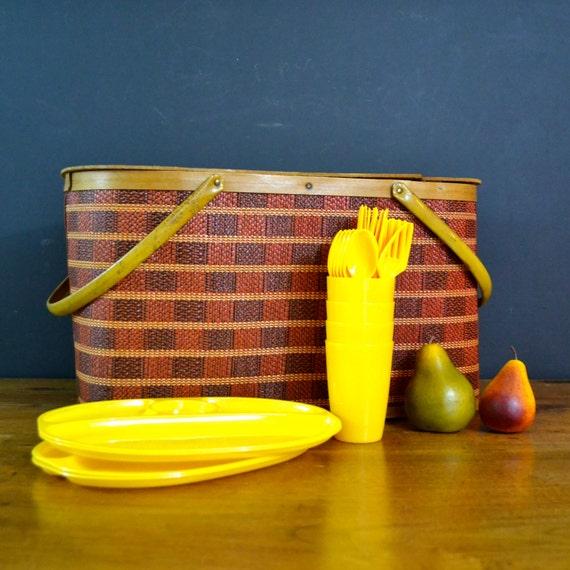 Red Plastic Picnic Basket : Vintage picnic basket large by