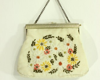 1960's Daisy Flower Embroidered Purse Hand bag Crewel Embroidery 50's