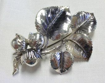 Vintage Silver Tone Exquisite Leaf Brooch