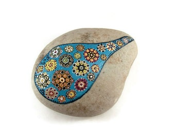 Raindrop Mandala, Hand Painted, Beach Stone Fancy Flowers Garden Rock Home Decor Lake Ontario Paper Weight