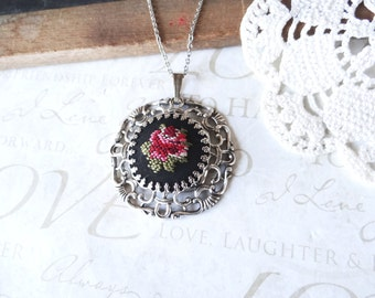 KATIE vintage english rose garden embroidered pendant necklace anqiued silver | rose | garden | vintage | antique