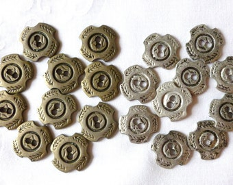 Vintage Metal Buttons, Silver, Pewter and Bronze Flat Metal Buttons, 2 hole, Rustic, Wreath Pattern, 20  Metal Buttons, CLEARANCE
