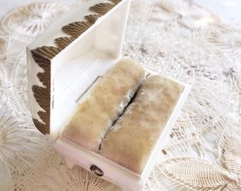 Ring Box Wedding Engagement White Vintage Celluloid Plastic Jewelry Casket Presentation Velvet