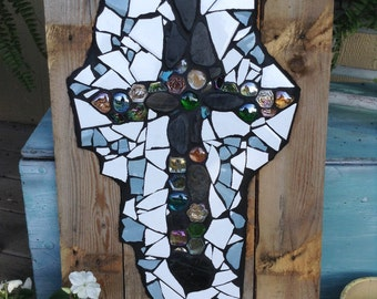 Mixed Media Cross on Pallets/WAS 57.00