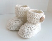 merino wool button cuff baby booties hand knit knitted neutral ugg style boy girl white with blonde wood buttons pregnany announcment box