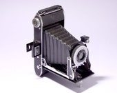 Vintage AGFA VIKING Camera with original box - circa 1940's