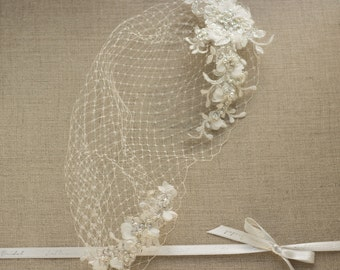 Wedding veil, Birdcage Veil, with Lace, 9 inch Bridal bandeau veil, Bridal Birdcage Veil, Wedding Veil, Blusher Veil, Lace Bird Cage Veil
