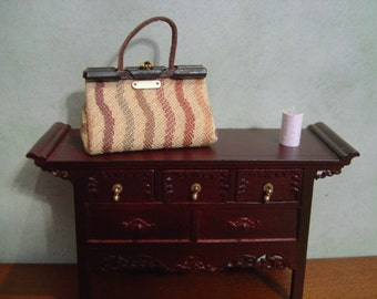 Dollhouse miniature travel bag carpet bag Barbie handbag 1:12 Scale