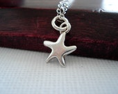 Sterling Silver Star Necklace - Tiny Star Necklace - Gift Idea - Collier Étoile Argent