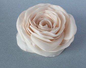 Beige/champagne flower, bridal hair clip, wedding hair accessories, nude/sand flower