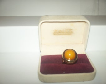 Vintage ring size 7 gold setting very good condition.