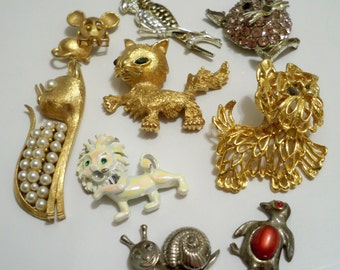 Animal pendant / brooch - Lot of 9 - Destash jewelry - cheesegrits