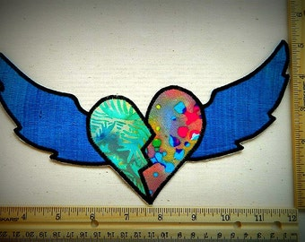 love gives wings