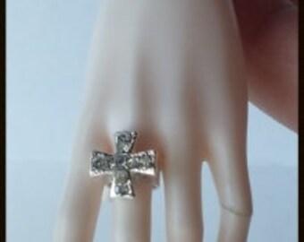 1/3 BJD SD Jeweled Maltese Cross Ring