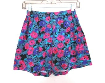 80's 90's Floral High Rise Short size - S/M