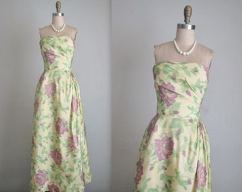 50's Evening Gown // Vintage 1950's Pale Yellow Strapless Rose Print Cocktail Party Evening Gown XS