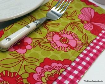 BOGO sale on now! Lime & Pink Floral Lunchbox Cloth Napkins  // Set of 2
