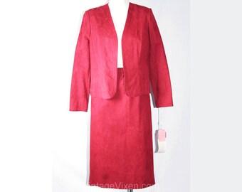 XS Designer Suit - 1970s Burgundy UltraSuede Suit - 395 Dollar Original Tag - Size 0 Jacket & Skirt - Jerry Silverman - Bust 36 - 34101-1