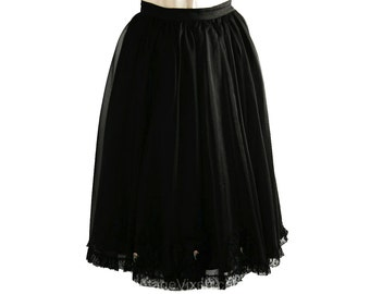 Graceful 1950s Black Full Skirt with Dainty Details - Size 3 to 4 - Small - Anne Fogarty - Designer - Ballerina Like - Mint Condition -34137