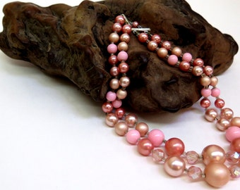 Vintage 70s  -  2 Strand Bead Necklace