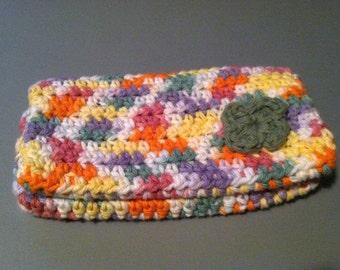 Crochet checkbook cover