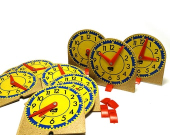 Learn to tell time - 12 Vintage Judy teaching clocks - Home schooling supplies - Educational teaching aides
