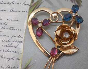 Signed CORO Heart & Flower Rhinestone Brooch    MM25