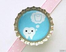 Kawaii Teeth Blue Bottle Cap Magnet - dentist gift, for dentist, office decor, tooth fairy gift, dental hygienist gift, office organization