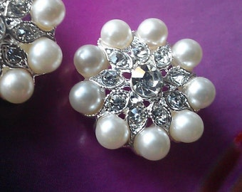 Silver Metal Rhinestone Buttons with Ivory Pearls, 10 Pieces, 23 mm Bridal Embellishment