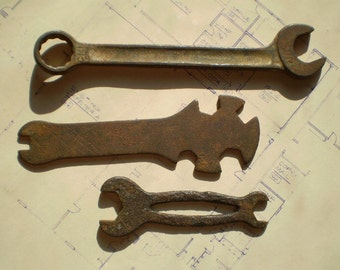 3 Old Rusty Wrenches - Salvaged Vintage Metal Tools - Iron Steel Rustic Industrial