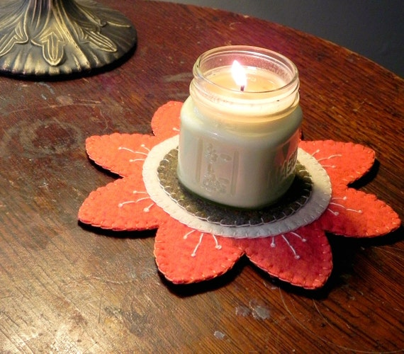 Spring Daisy Flower Candle Mat- Orange