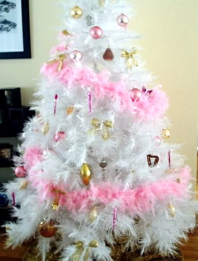 Chic christmas pink feather garland decoration by