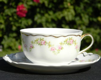 Dainty Pink Roses Small Teacup and Saucer - Tea Cup Made in Czechoslovakia 1373