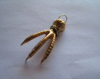 1 Gold Talon Pendant