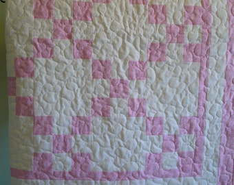 Soft Pink 9-patch Baby Quilt