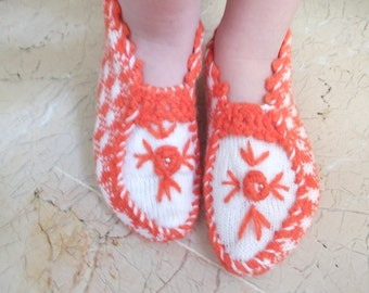 Orange and White   Woman Slippers...Handmade Knitting Woman Slippers..Room Shoes...Knitting  Pattern