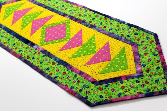 Quilted Table Runner, Green Yellow Patchwork, Short Table Mat, Handmade Home Decor, Mini Quilt , Candle Mat, Bright Modern Decor, SallyManke