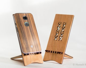 Wooden Flower Docking Stand for Android Cell Phone