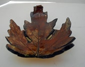 brown leaf dish