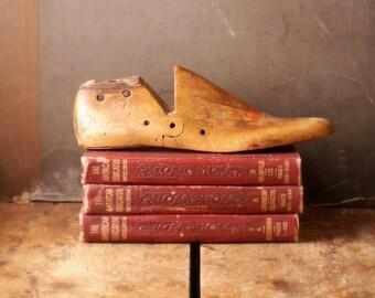 Vintage Wooden Shoe Last - Stretcher - Mens Size 11D