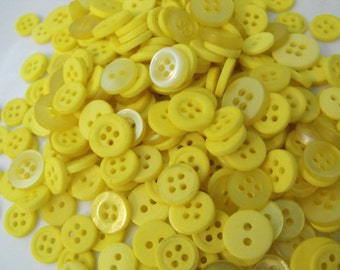 400 Lemon Yellow Buttons Round Medium Multi Sizes Crafting Sewing Bulk Buttons