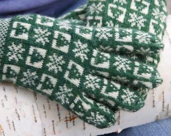 Winter Sanquhar Gloves