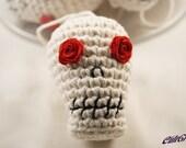 Calavera - Sugar Skull Amigurumi Day of the Dead Ornament w/ Rose Eyes