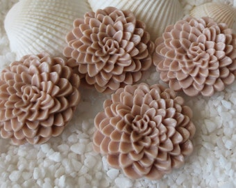 Resin Mum Flower Cabochon  - 24mm -  12 pcs - Taupe