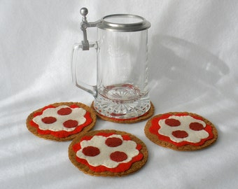 Pepperoni Pizza Felt Coasters, Hostess Gift, Pizza Party, MugMats Set of Four  Classic Pie