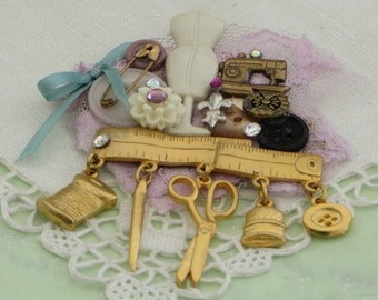 SEWING Jewelry  - SEAMSTRESS Collage  - Sewing Notions Brooch