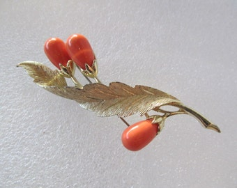Vintage Sarah Coventry Tangerine Beaded Gold Tone Brooch / Pin
